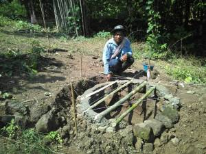 Making new toilet (compost hole)