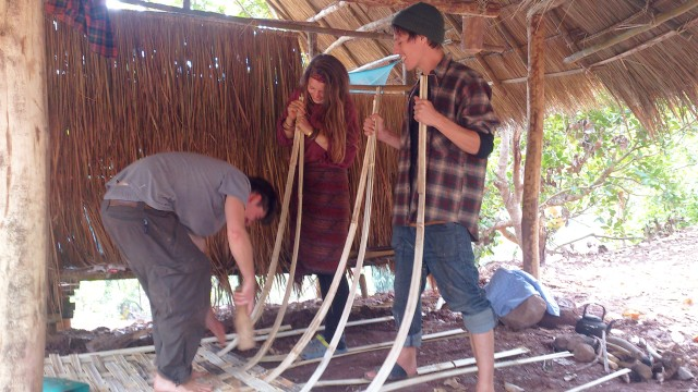 Making bamboo wall