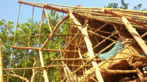 Bamboo and teak wood are the main material for this house.